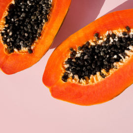 Volver a ofrecer la exfoliación con ácidos para renovar la piel a los consumidores de belleza «clean»