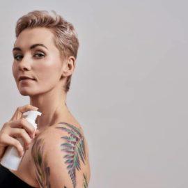 Por qué las propiedades del aceite de jojoba para los tatuajes abren un nuevo mercado