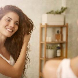 Conheça as fórmulas para deixar os cabelos saudáveis que adotam a beleza adaptogênica